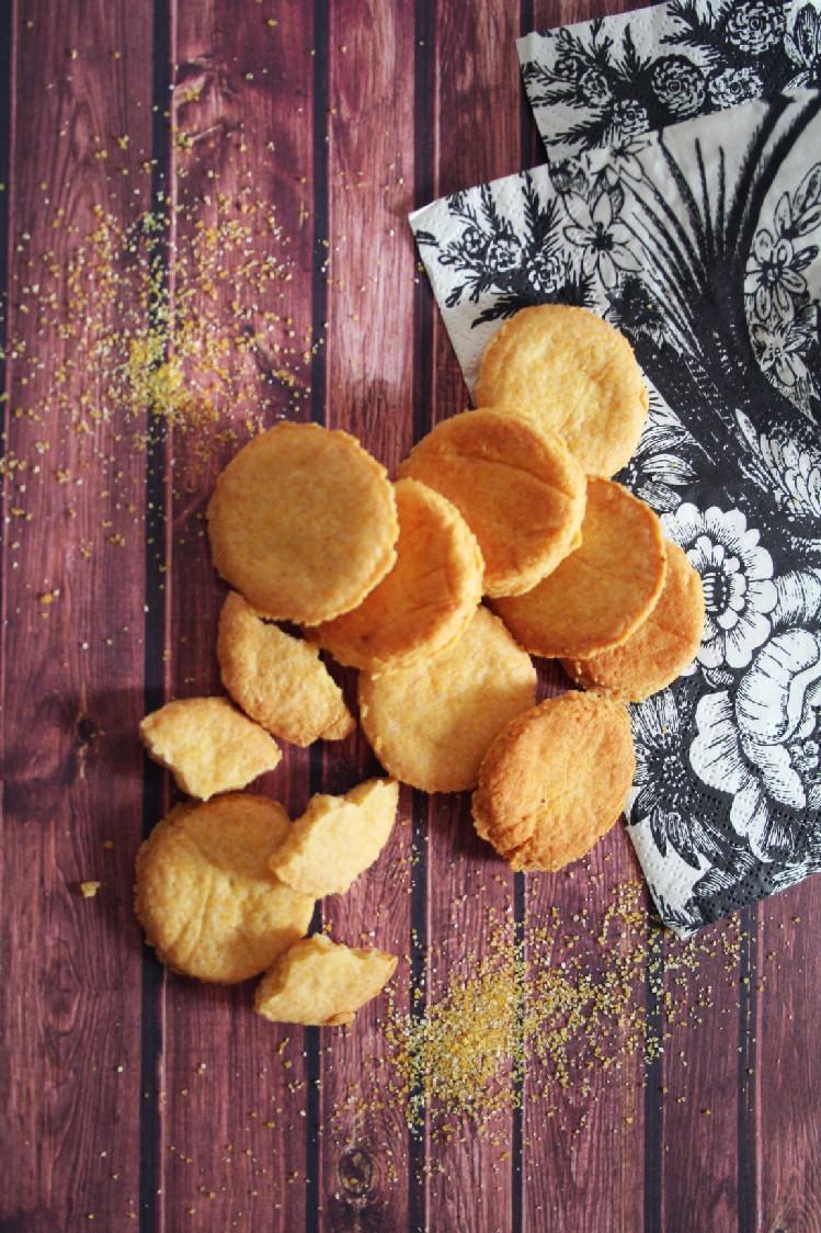 biscotti per cani formaggio